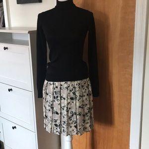Banana Republic Skirts - Banana Republic Floral Pleated Skirt
